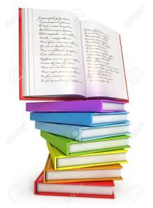 17041304-une-pile-de-livres-colorés-avec-le-livre-ouvert-sur-le-dessus